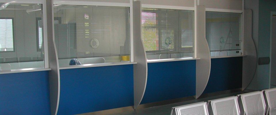 Arredi su misura per ospedali ufficio e casa progetto for Progetto arredo
